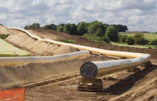 Pipeline_laying_activity_-_geograph_org_uk_-_851807